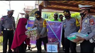 HUT Polantas Ke 65, Kapolres Jeneponto Pimpin Aksi Kemanusian di Binamu