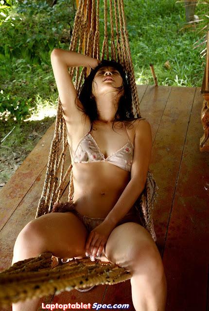 Ayuko Iwane Hot in Fashion Bikini