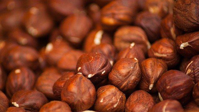8 Manfaat kacang hazelnut bagi kesehatan, dapat menyehatkan jantung