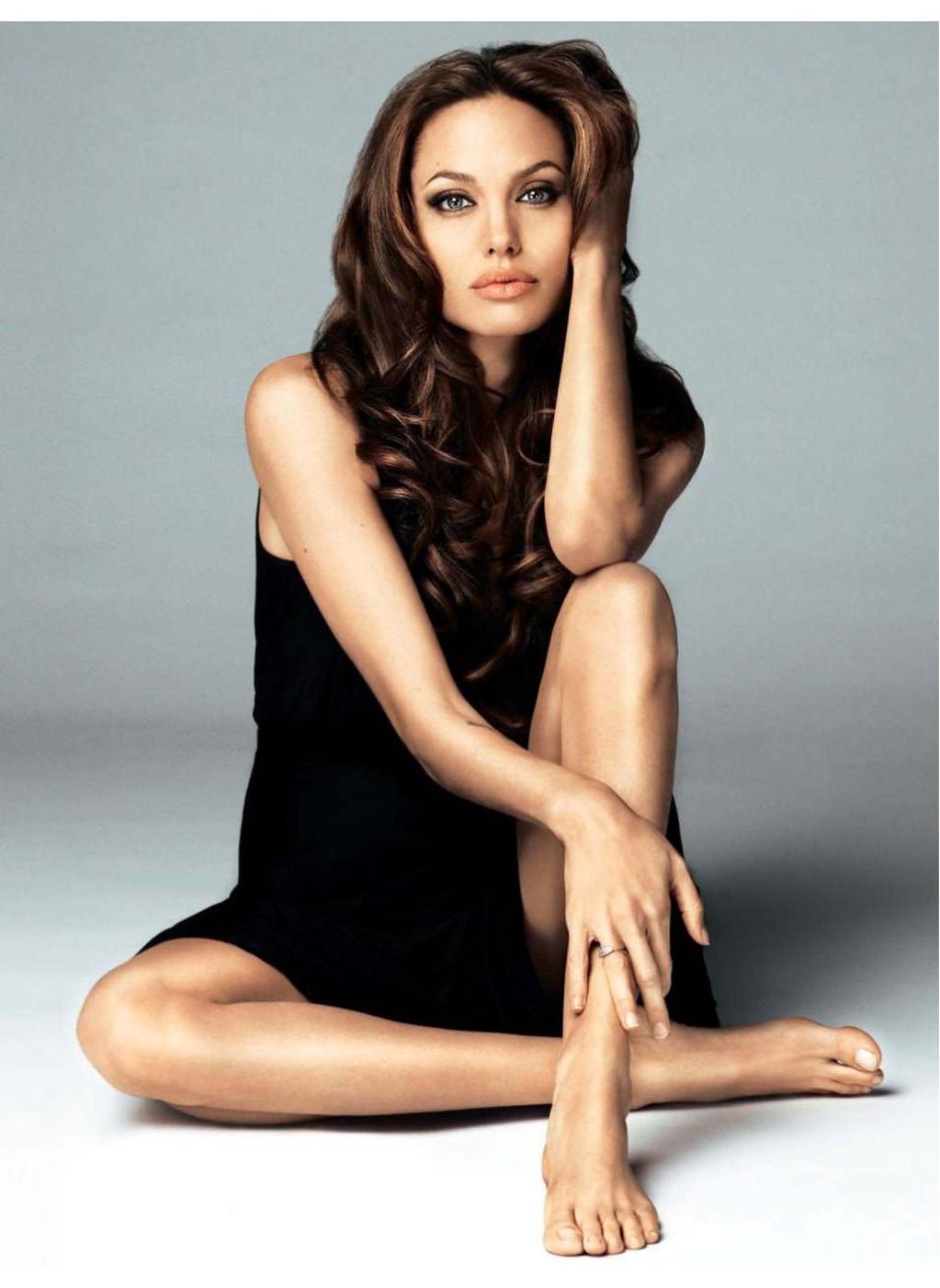 Jolie Magazine November 2017 Issue: Interview Questions: Angelina Jolie