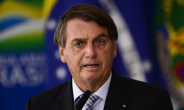 Bolsonaro sanciona projeto sobre compra de vacinas por estados