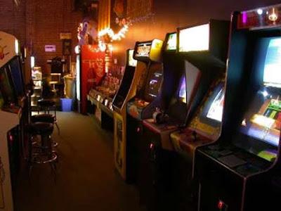 Una tipica sala giochi degli anni 80 e 90