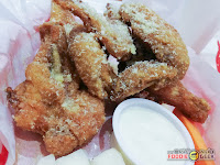 Charlie's Grind and Grill, garlic parmesan chicken wings