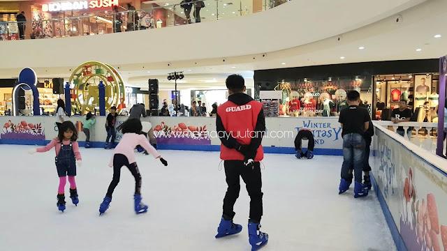 ice-skating-10