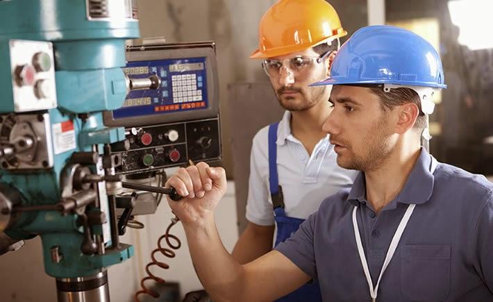 La especialidad de mantenimiento se adquiría mediante la mentoría y la experiencia. (Foto: SXC)