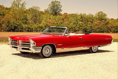 1965 Pontiac Bonneville Convertible Front Left