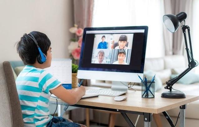 Operator Tri Berikan Kartu dan Kuota Internet 30 GB untuk Siswa dan Guru
