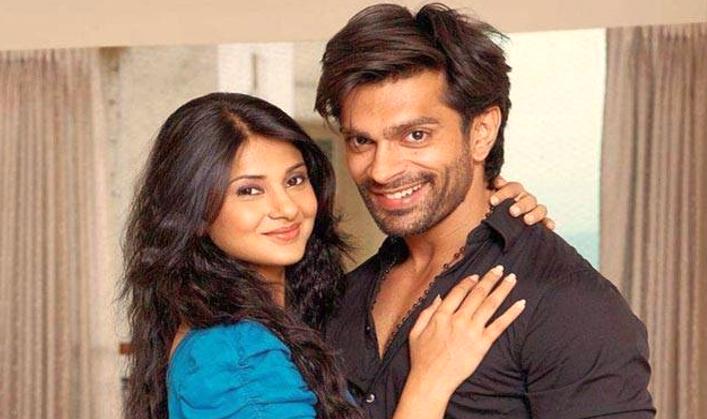 Bollywood ke 4 Actors apni patni se sabke samne thappar kha chuke hai
