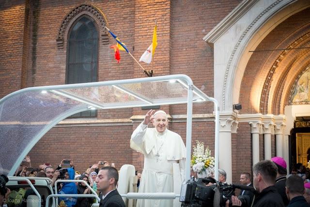 papa francisc romania psihanaliza psihoterapie