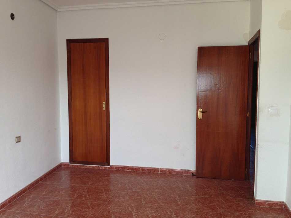 piso en venta calle de la trinidad almazora habitacion