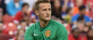 Ex. United goalkeeper Anders Lindegaard scores stunning last-minute equalizer for Helsingborgs IF