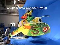 http://1.bp.blogspot.com/-cSlsHVXNgqQ/VneELFiZnmI/AAAAAAAAFS4/tKSs1F_oqQc/s1600/Rebirth%2Bof%2BMothra%2B2%2B5.jpg