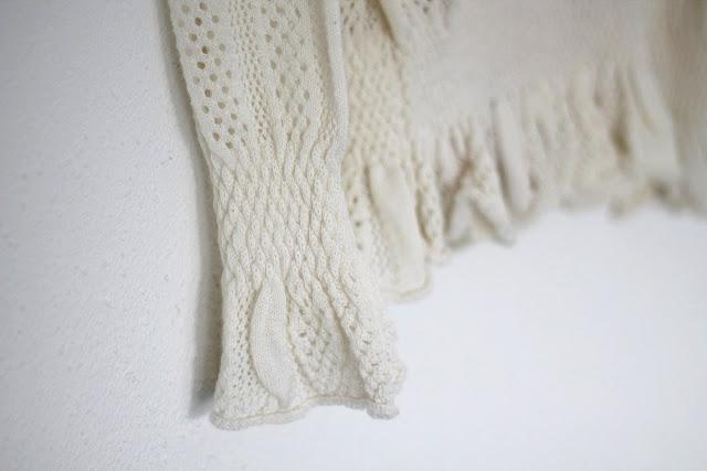 metisu white sweater