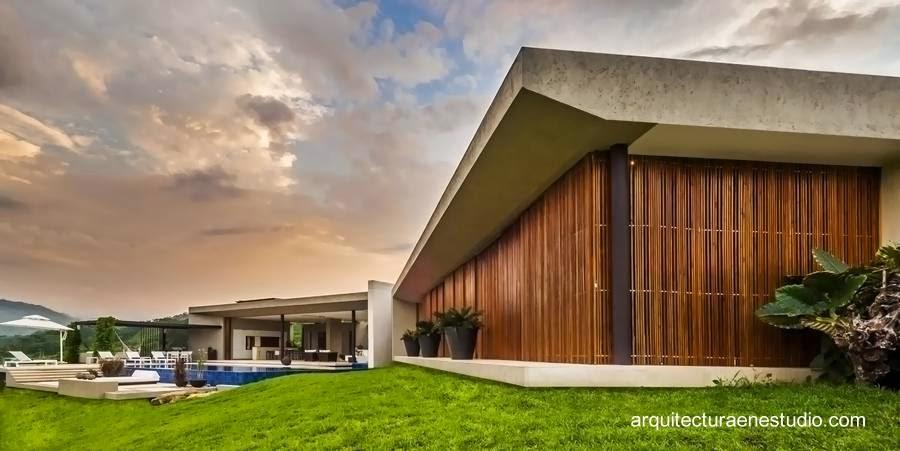 Residencia contemporánea extensa en Colombia