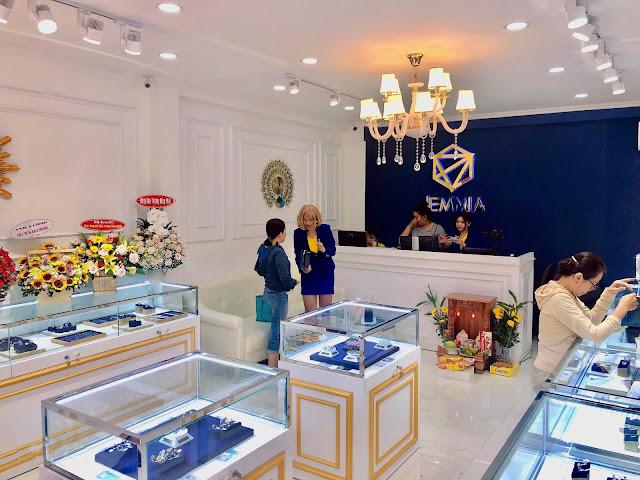 Cửa hàng trang sức Jemmia là địa chỉ tin cậy được nhiều khách hàng lựa chọn