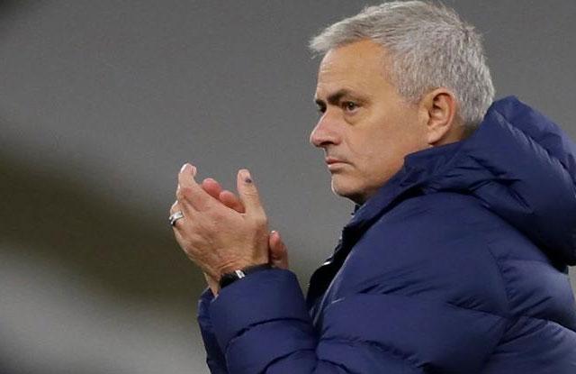 Setan Merah Turun Kasta, Mourinho Akhirnya Berkomentar