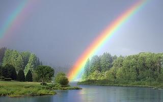 Due arcobaleni nel cielo