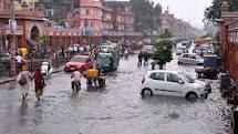बरसात में रहैं स्वास्थ्य के प्रति सावधान  health in rainy season