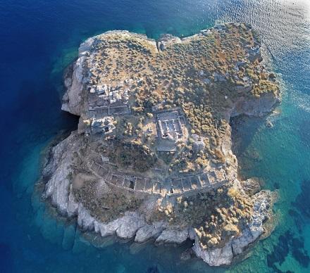 Une ville antique sur un îlot grec révèle des secrets fascinants dans une nouvelle fouille