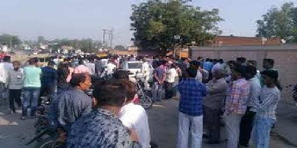 uttarpradesh-soanbhadra-ke-nagar-panchyat-adhyaksh-ki-goli-maarkar-hatya