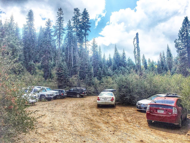 Parking at Salmon Lake trail head