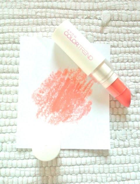 AVON Colortrend Lipstick