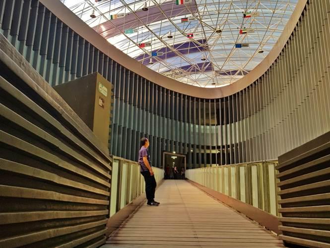 Penasaran Akan Museum Tsunami Banda Aceh