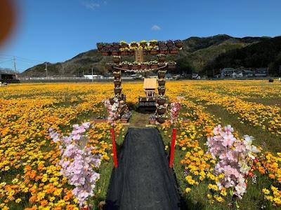 花畑の神社