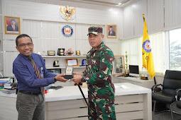 Silaturahmi Danrem 143/HO Bersama Rektor  Universitas Halu Oleo