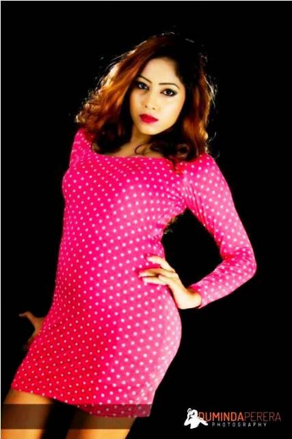 Piumi Srinayaka bikini models