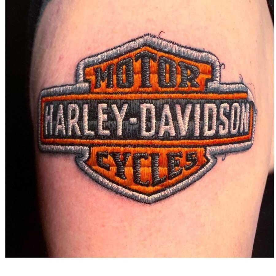 07-Harley-Davidson-Duda-Lozano-www-designstack-co