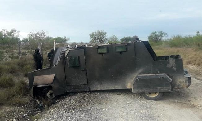 Se les atoro el Camión Monstruo Blindado a los Sicarios y lo abandonaron en Los Guerra Tamaulipas