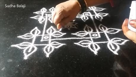 Andhra-muggulu-rangoli-286ad.png