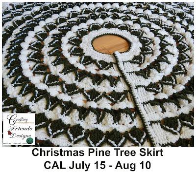 Crafting Friends Designs: Christmas Pine Tree Skirt Free ...