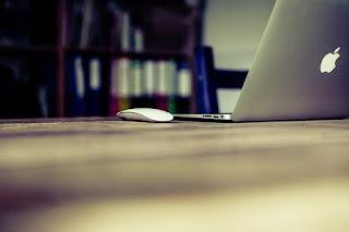 oficina escritorio ordenador