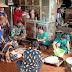 Awali Kegiatan, Anggota Satgas TMMD Bantu Memasak Bersama Orang Tua Asuh