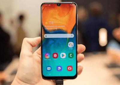Desain Samsung Galaxy A30