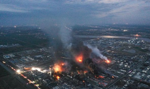 #BreakingNews,#China,#Disaster : At least 50 killed by explosion of Chinese chemical factory !