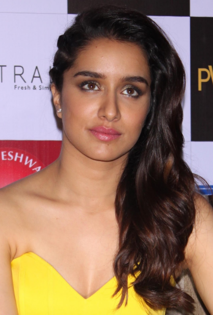 Shraddha Kapoor Super Sexy Cleavage Show In a Yellow Dress