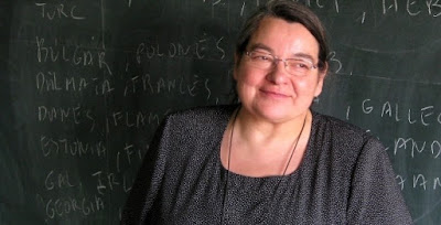 Carmen Junyent, Les llengües del món