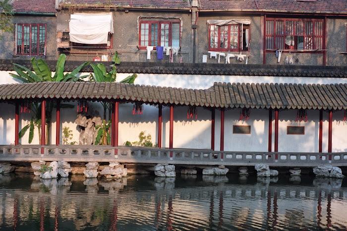 Shanghai, jardin Yuyuan, © L. Gigout, 1990