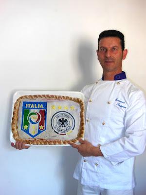 Pizza artistica del campionato europeo 2016 Italia - Germania