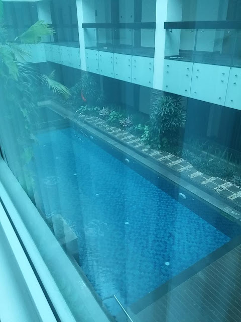 kolam renang hotel