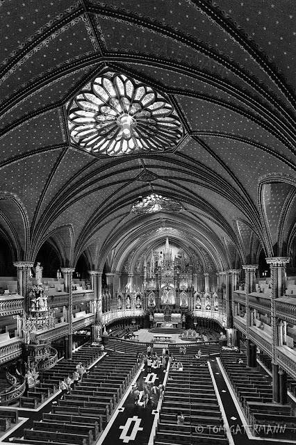 Inside the Basilique Notre-Dame de Montréal