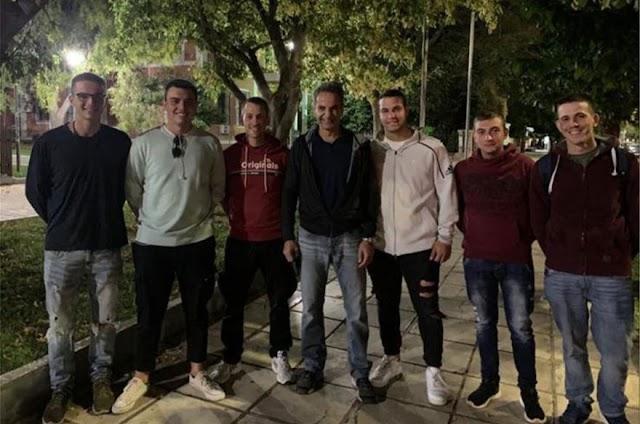 Έβρος: Ο Πρωθυπουργός με τον γιο του και τις «σειρές» του χθες το βράδυ (ΦΩΤΟ-ΒΙΝΤΕΟ)