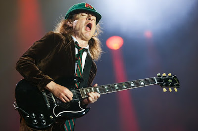 Bon anniversaire Angus Young, happy birthday Angus.