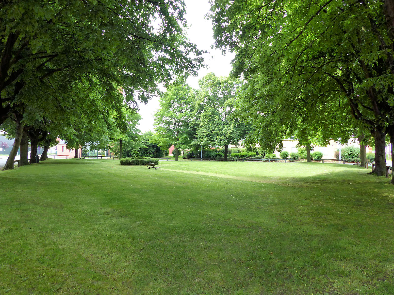 Tourcoing Espaces Verts - Square rue d'Hondschoote