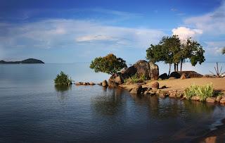 LUGARES DE ÁFRICA: El lago Niassa 7