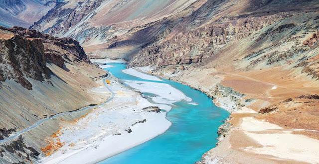 Keindahan gurun pasir di  Ladakh