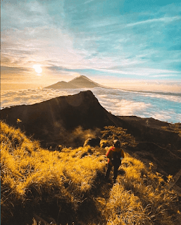 The Golden Sunrise Traveling Spot of Bali,